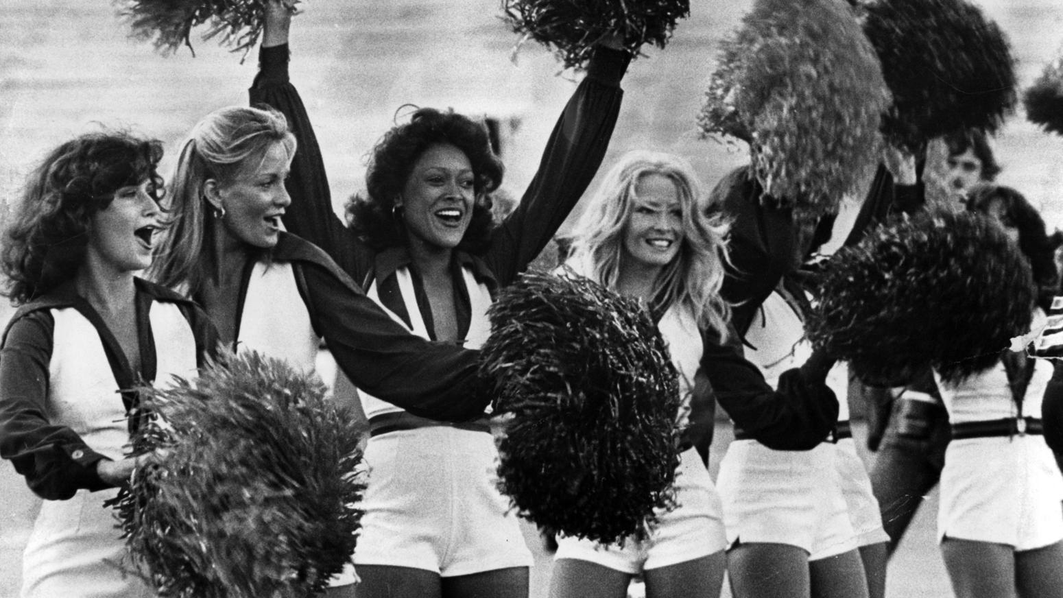 Porn Valley Media's NFL Picks: Wild Card Weekend – With Guest Prognosticators:  Mitt Maverick, Suzanne, Sara St. Clair,Sadie Holmes,  Indiana Bones