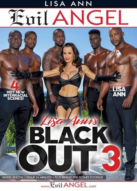 "Lisa Ann Wins 2019 Urban X Award for Best MILF Release ""Lisa Ann's Black Out 3"""