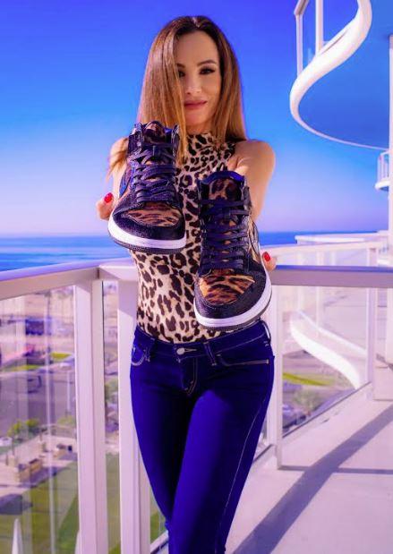 "Lisa Ann Releases her 2nd Collaboration with Custom Sneaker Artist Richie Range and Garrixon Studios, ""UrbanX"" Sexual Superhero Series"